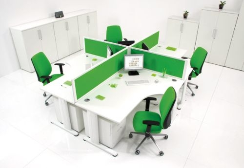 Vách ngăn sặc sỡ tạo nét sinh động cho văn phòng của bạn