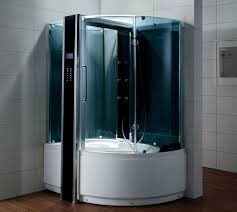 Không gian sang trọng của phòng tắm với vách kính 1
