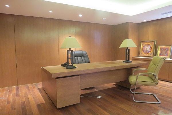 Phòng giám đốc ốp gỗ Veneer