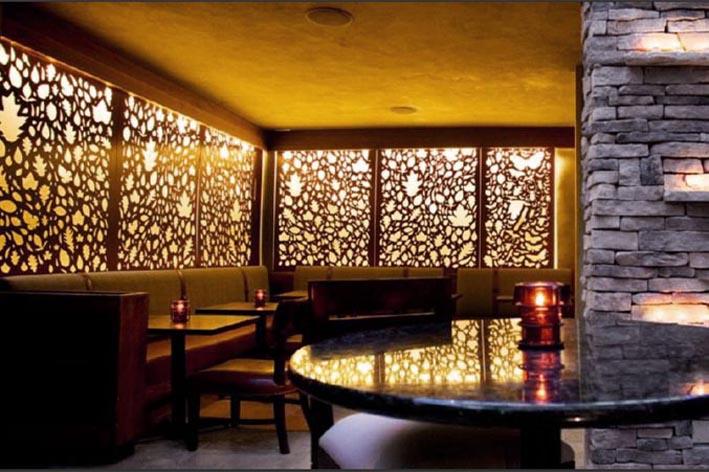 Trang trí không gian quán cafe, nhà hàng với vách ngăn 2