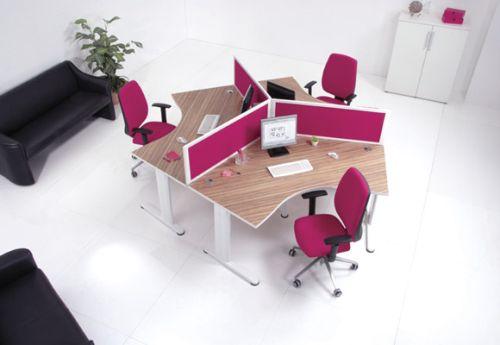 Vách ngăn sặc sỡ tạo nét sinh động cho văn phòng của bạn 1