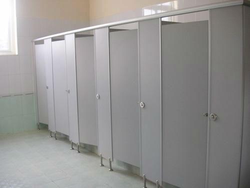 Vách ngăn vệ sinh MFC chống ẩm hiệu quả