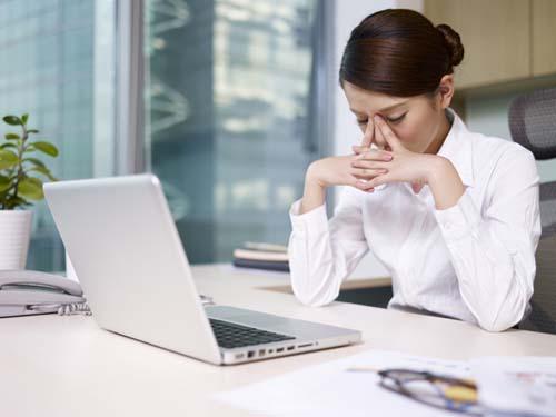 """Văn phòng không có vách ngăn có dẫn đến """"stress"""" cho nhân viên"""