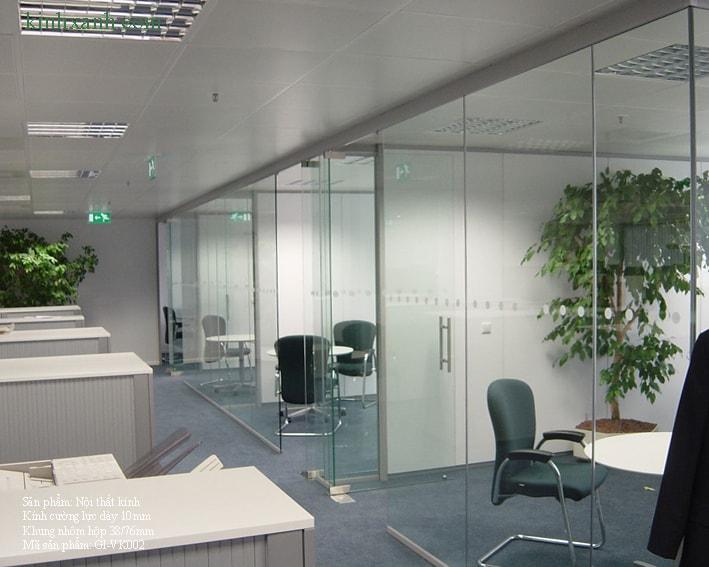 Lợi ích của kính cường lực cho văn phòng