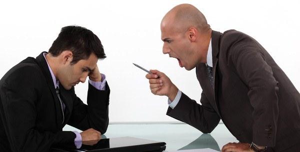 Bị đuổi việc so bất hòa với Sếp