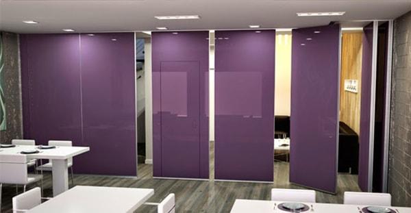 Vách ngăn di động được dùng phổ biến cho phòng họp