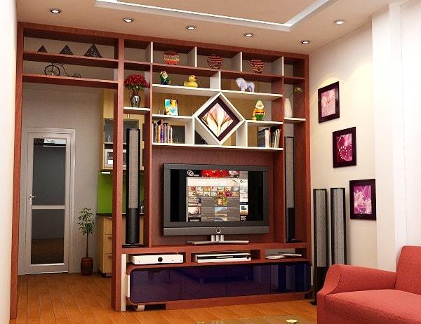 Vách ngăn phòng khách và phòng bếp được làm bằng gỗ tự nhiên