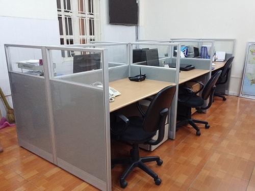 Vách ngăn văn phòng nỉ kính sự kết hợp tinh tế