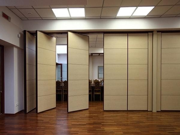 10 mẫu vách ngăn văn phòng bằng gỗ nổi bật năm 2017