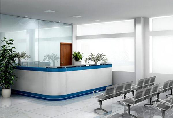 Thiết kế quầy lễ tân bệnh viện cần tuân theo nguyên tắc phù hợp kích thước với không gian