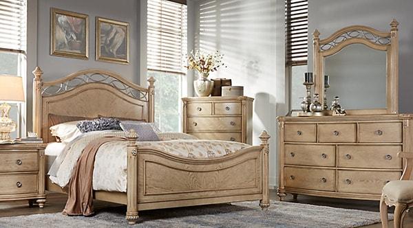Giường ngủ và tủ quần áo nên bố trí các hướng phù hợp